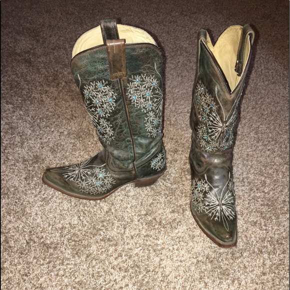 Corral Boots With Rhinestones Gently